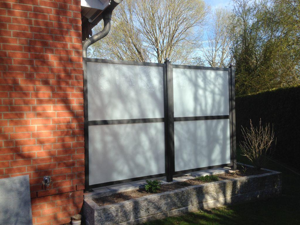 radkowski metallbau sichtschutzw nde und vord cher aus stahl und glas. Black Bedroom Furniture Sets. Home Design Ideas