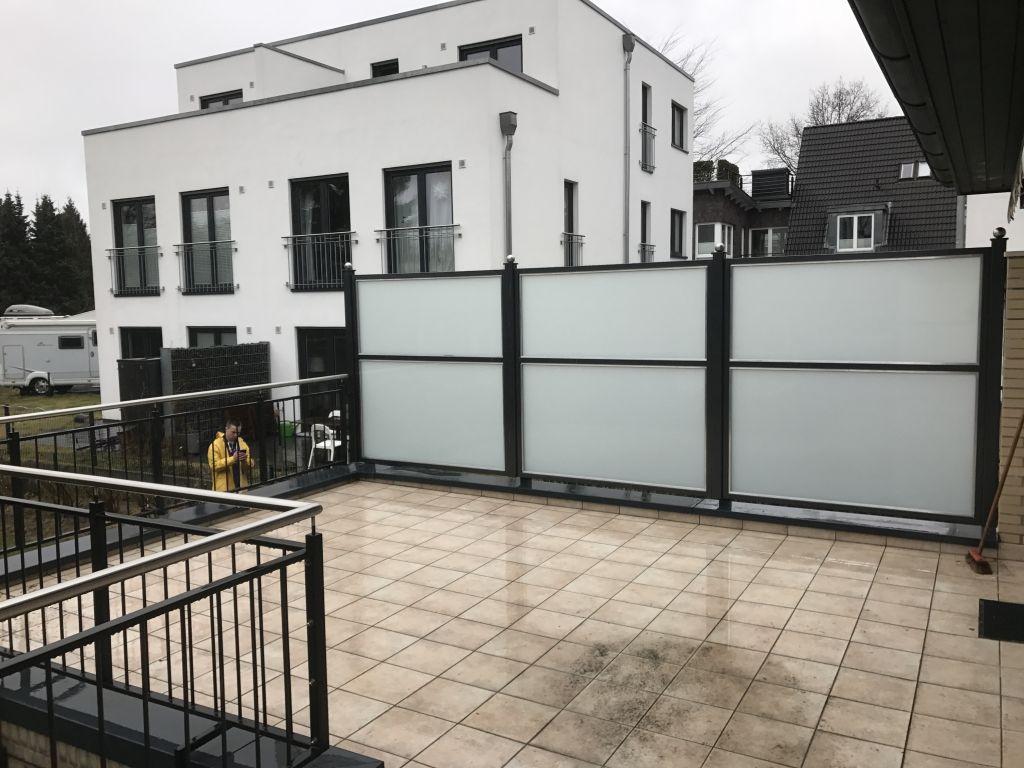Radkowski Metallbau Sichtschutzwände und Vordächer aus Stahl und