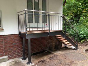 Stahlbalkone - Stahlterrassen und Außentreppen 004