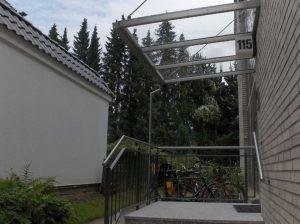 Vordach aus Stahl07