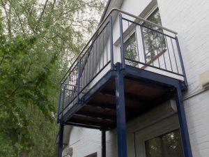 Stahlbalkone - Stahlterrassen und Außentreppen 002