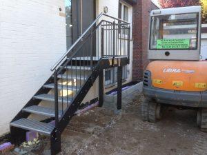 Stahlbalkone - Stahlterrassen und Außentreppen 005
